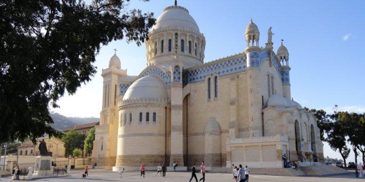 Marseille Alger 98€ l'aller retour ou 49€ en aller simple